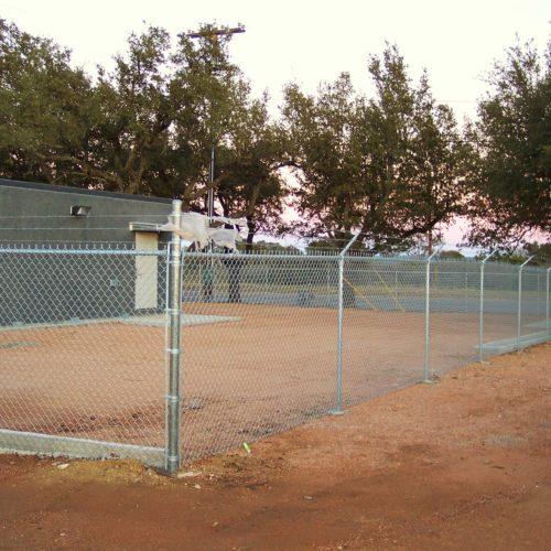 6′ Chain Link Enclosure