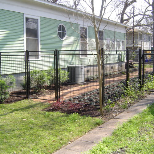 10_Custom Welded Wire Fence