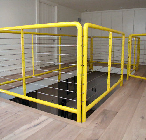 17b_Pipe Steel Cable Balcony Railing