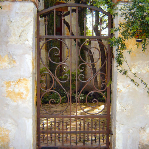 1_Mediterranean Iron Walk Gate