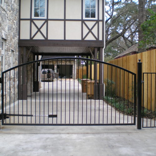 2-Rail-Wood-Iron-Combo-Gate
