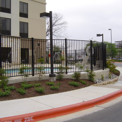 21_Curved Iron Fence