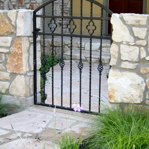 2_Iron Walk Gate w Baskets