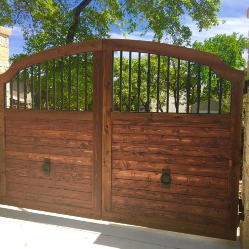 2_Wood Iron Driveway Gate