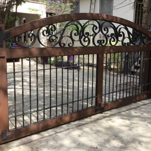 3_Aluminimun Scroll Driveway Gate