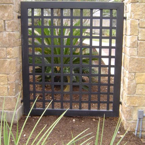 3c_Gothic Iron Panel