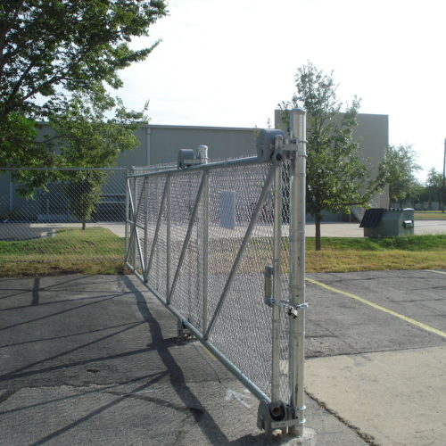 5b_Cantilever Chain Link Gate