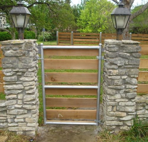 6_Round Steel Horizontal Steel Frame Wood Walk Gate