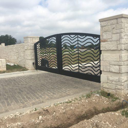 6b_Aluminum Custom Driveway Gate
