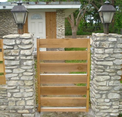 6b_Round Steel Horizontal Steel Frame Wood Walk Gate