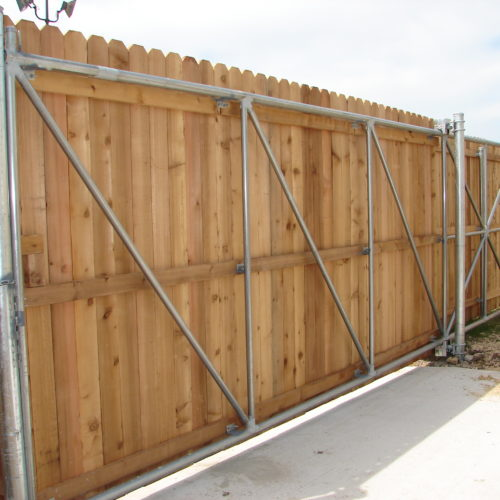 7_Cantilever Wood Driveway Gate