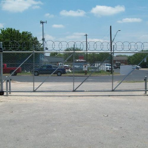 7_Chain Link Cantilever Gate w Operator