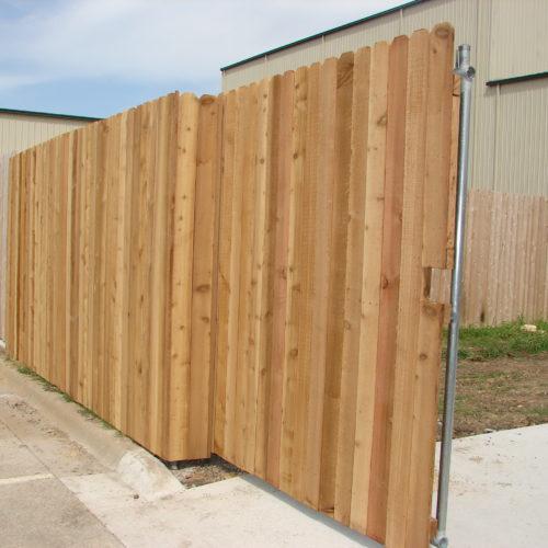 7b_Cantilever Wood Driveway Gate